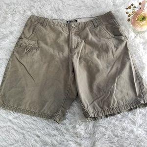 Columbia Womans Size 10 Hiking Shorts Khak